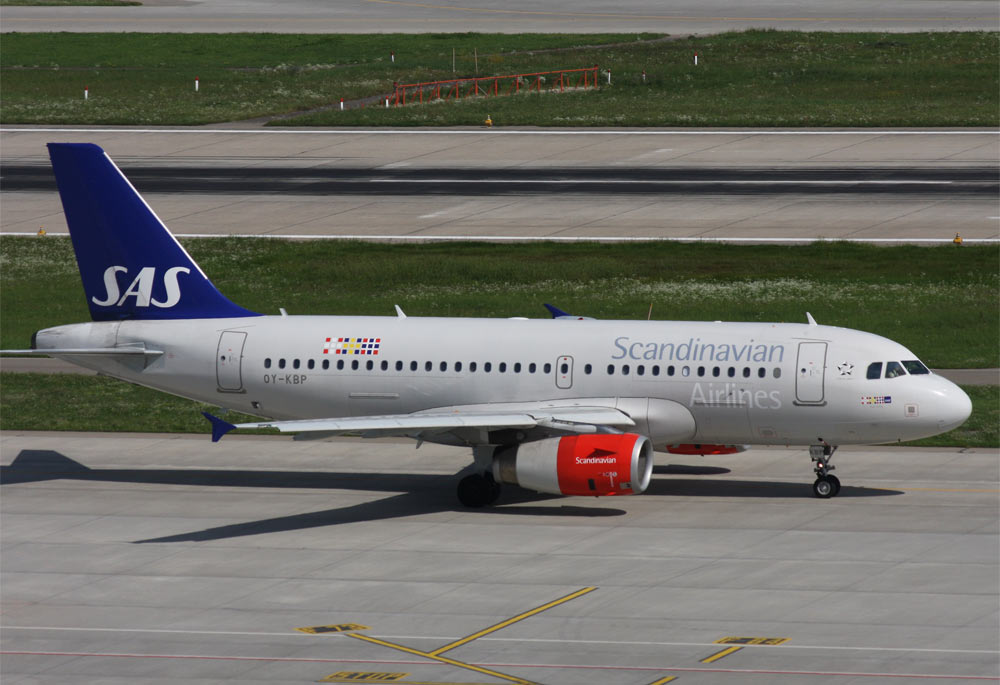 Airbus A319 SAS Scandinavian Airlines OY-KBP
