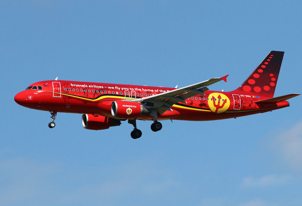 Airbus A320 Brussels Airlines Red Devils