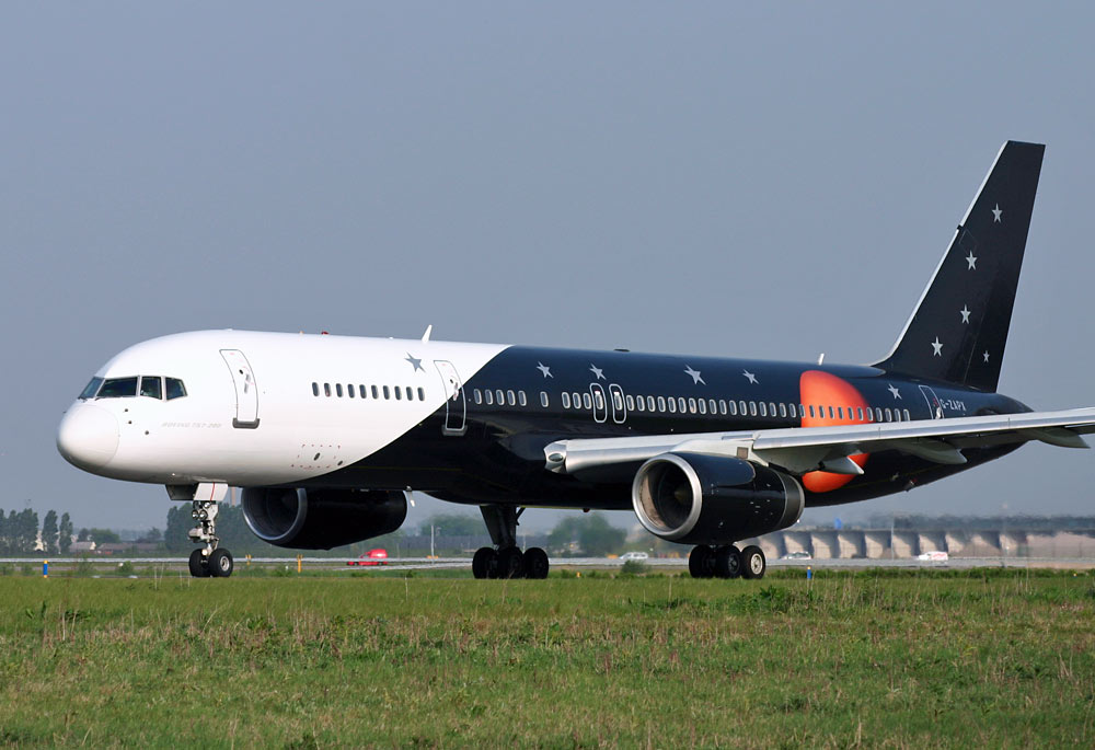 Boeing 757 Titan Airways